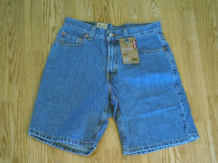 LEVIS JEANS 550 RELAXED FIT MENS SHORTS-SIZE 30 X 9-NWT