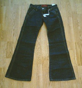 LEVIS LOW SLOUCH FLARE DENIM JEANS-SIZE 1-28 X 32-NWT