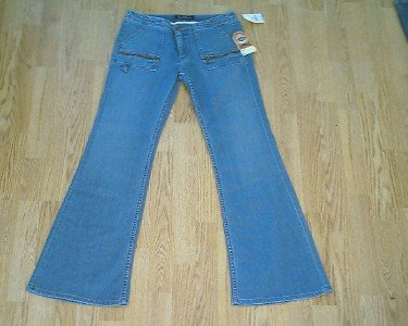 EARL LOW RISE FLARE JEANS-SIZE 32 X 33-TAG 29-NWT $162