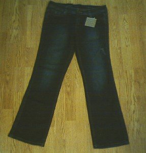 CALVIN KLEIN LOW RISE BOOTCUT JEANS-SIZE 8-32 x 30-NWT