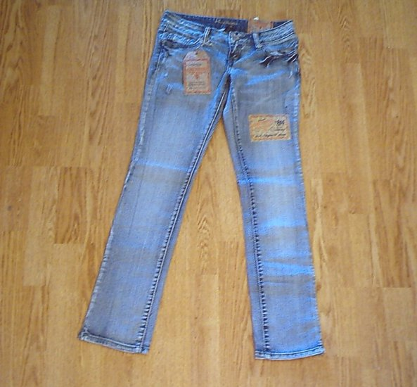 AMETHYST LOW RISE SKINNY LEG JEANS-SIZE 1-29 X 31-NWT