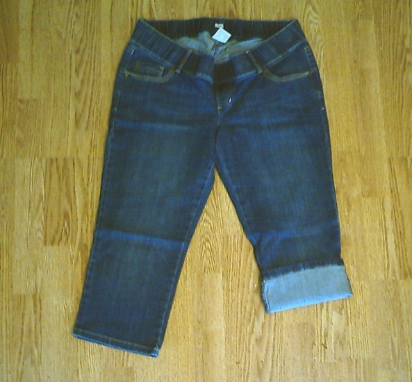 OLD NAVY JEANS MATERNITY CAPRIS-SIZE MEDIUM 8/10-NWT