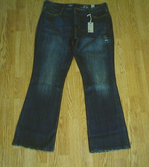 LEVIS BOOT STRETCH JEANS-SIZE 14-37 X 32-NWT $70