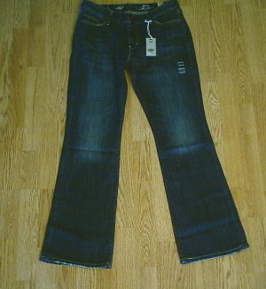 LEVIS BOOT STRETCH JEANS-SIZE 10-34 X 32-NWT $70