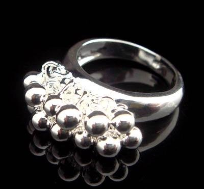 FREE P&P! 925 STERLING SILVER GRAPE RING #56