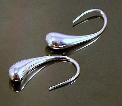 FREE P&P! 925 STERLING SILVER DRIP EARRINGS #03