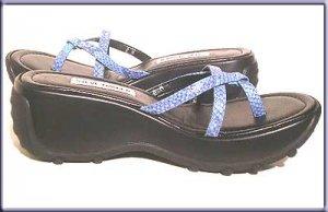 STEVE MADDEN Blue  Black Platform Slide Sandals