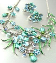 Blue Crystals Silver Floral Necklace Set 1N226147