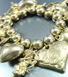 Antique Gold Hearts Angels Bracelet 1B1130535