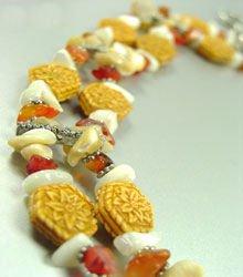 Natural Sea Shells Beads Bracelet 1B015595