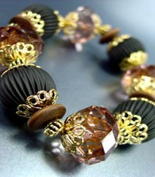 Brown Lucite Beads Stretch Bracelet 1B0386306