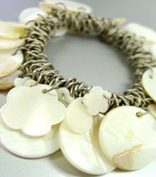 Natural Sea Shells Cha Cha Bracelet 1B2576556