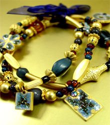 Blue Beads Gold Stretch Bracelet 1B235156