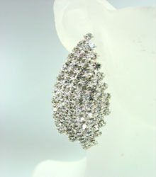 Silver Rhinestone Crystals Earrings 1E4001603