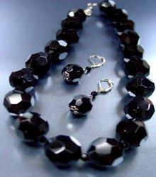 Black Glass Crystals Necklace Set