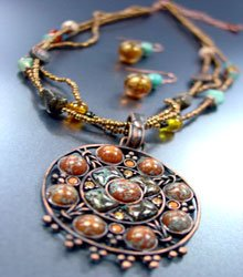 Brown Patina Crystals Necklace Set