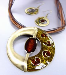 Brown Epoxy Enamel Antique Necklace Set