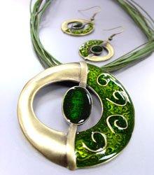 Green Epoxy Enamel Antique Necklace Set