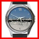 Ostriches Troops Birds Round Metal Wrist Watch Unisex 071