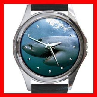 Great White Shark Round Metal Wrist Watch Unisex 080