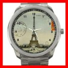 Vintage Paris Eiffel Tower Silvertone Silvertone Sports Metal Watch 041
