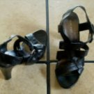 NINE WEST BLACK DISTRESSED LEATHER WEAVE SANDAL SHOES