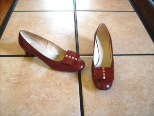 VTG. HINES BROWN LEATHER ARTSY CLASSIC DRESS SHOES
