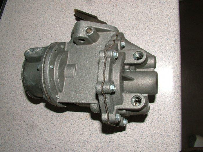 CHEVROLET & TRUCK FUEL PUMP 9797 L6 1952 1953 1954 1955