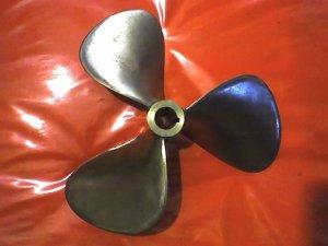 RIVA /CRIS CRAFT  propeller