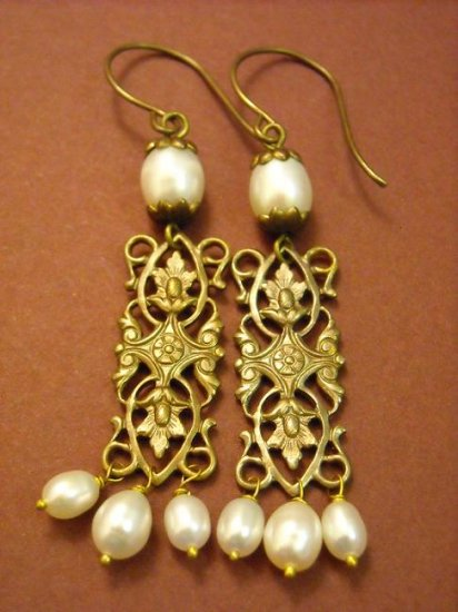 Love and peace Vintage brass natural white pearl earring