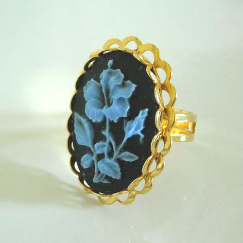 vintage golden brass cameo adjustable Ring
