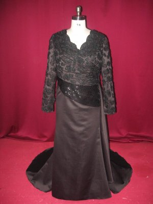 Long Sleeved Black Dress on Ltd   Plus Size Formal Dresses   Black Evening Gowns   Long Sleeve