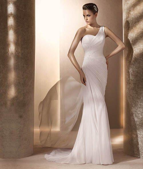 #530613F x | Fit n Flare Wedding Dresses