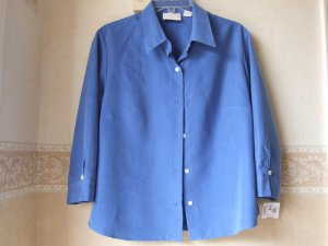 LIZ CLAIBORNE WOMENS  SHIRT  SIZE  M.