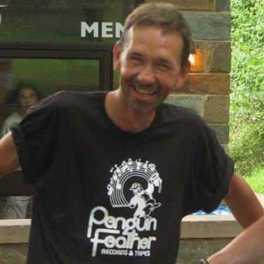PENGUIN FEATHER RECORDS Premium Sueded T-Shirt / White Ink SIZE M washington d.c. whfs 9:30 club