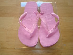 Havaianas Top USA Blush Rose   Size: 9  Free Havaianas Key Chain