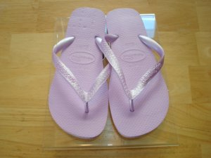 Havaianas Top USA Orchid      Size: 7/8   Free Havaianas Key Chain