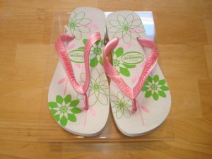 Havaianas Summer Flip Flips      Size:9   Free Havaianas Key Chain