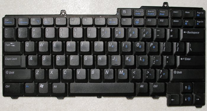 DELL INSPIRON E1505 6400 9400 640M KEYBOARD NC929 NSK-D5A01