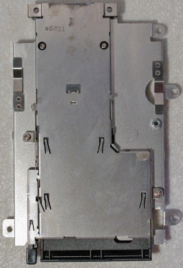 DELL 1501 E1505 6400 HD HARD DRIVE / PCMCIA SLOT CAGE