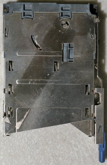 IBM THINKPAD R50 R51 52 R53 PCMCIA SLOT CAGE 91P8826