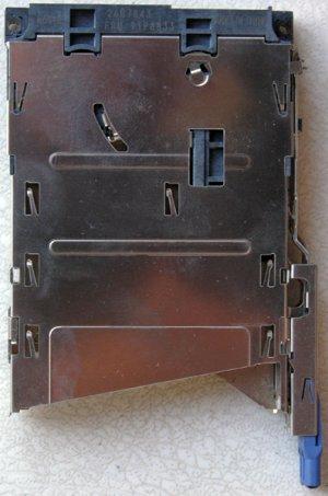 IBM T43 X61 X62 PCMCIA / EXPRESS CARD SLOT CAGE 91P8833
