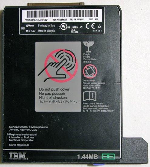 IBM T20 T21 T22 T23  A20 FLOPPY DRIVE MPF82C 1 08K9578
