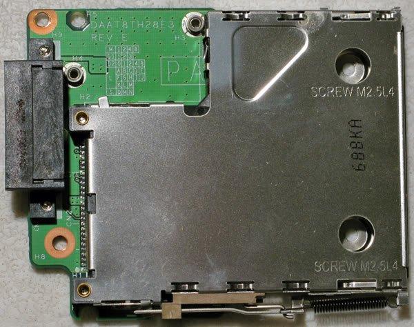 HP PAVILION DV6000 DV6500 DV6565 PCMCIA REMOTE CAGE BOARD DAAT8TH28E3