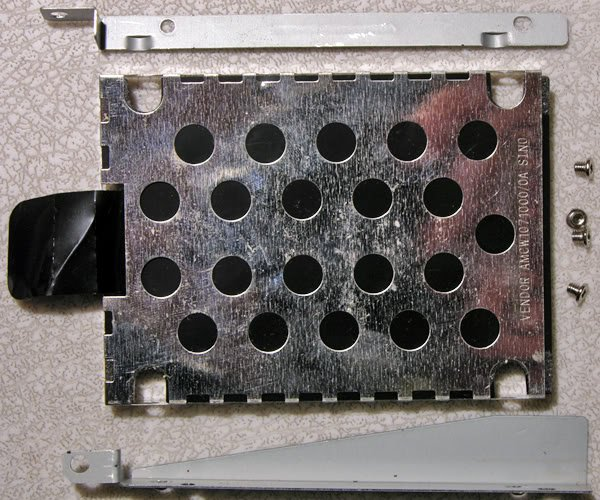 TOSHIBA P30 P35 HD HARD DRIVE CADDY ASSEMBLY w/ SCREWS