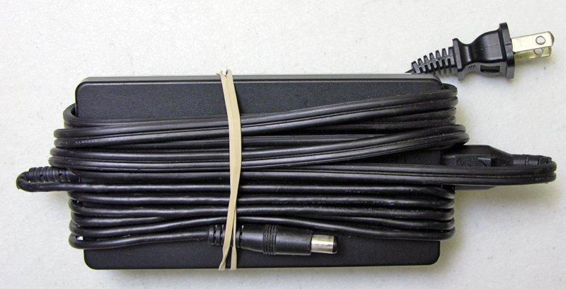 GENUINE OEM TOSHIBA TECRA TE2000 TE2100 TE2300 PA2444U M2V AC ADAPTER CHARGER