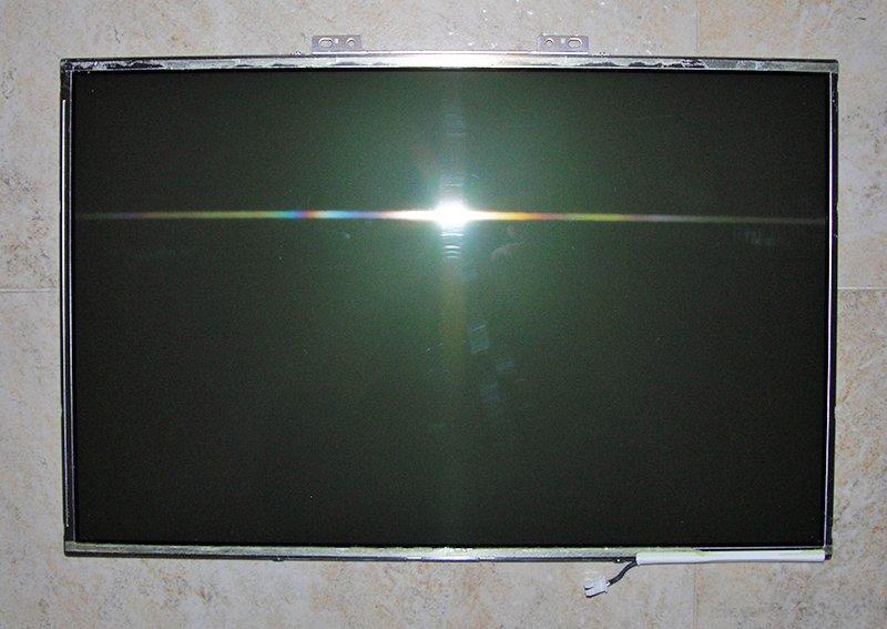"""DELL XPS M1530 SERIES 15.4"""" WXGA SAMSUNG LCD SCREEN LTN154X3-L0D X172G 0X172G"""