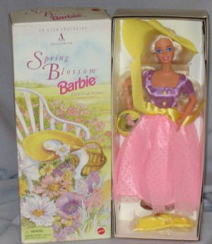 Mattel Avon Special Edition Spring Blossom Barbie 1995 NRFB