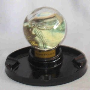 Vintage Niagra Falls Snow Globe Ashtray