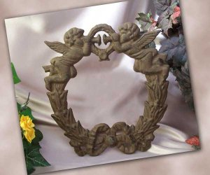 Cast Iron Cherub Angel Wreath
